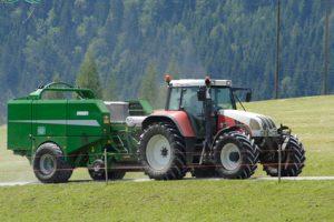 Landwirtschaftliche Zugmaschinen Versicherungsvergleich